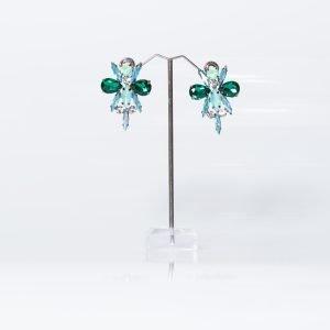 Pendiente con forma de libélula en tonos verdes para invitada