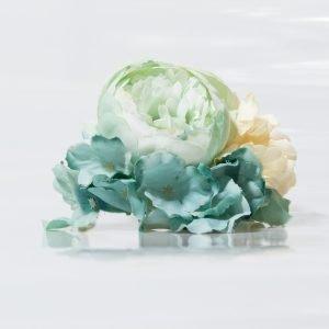 Ramillete en verde agua para flamenca